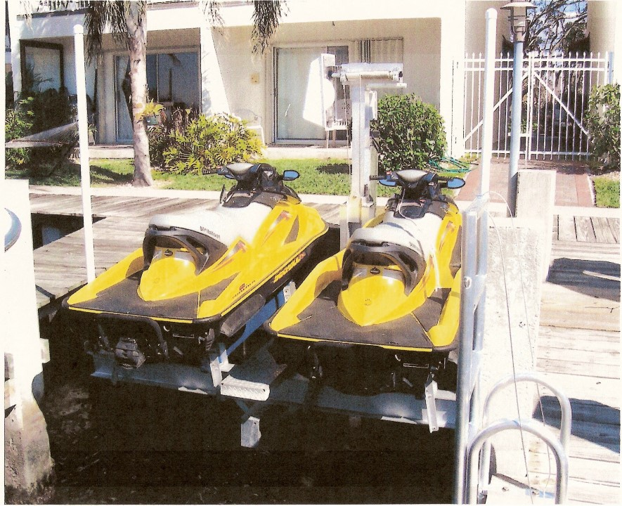 Dual Jetski lift (back view)