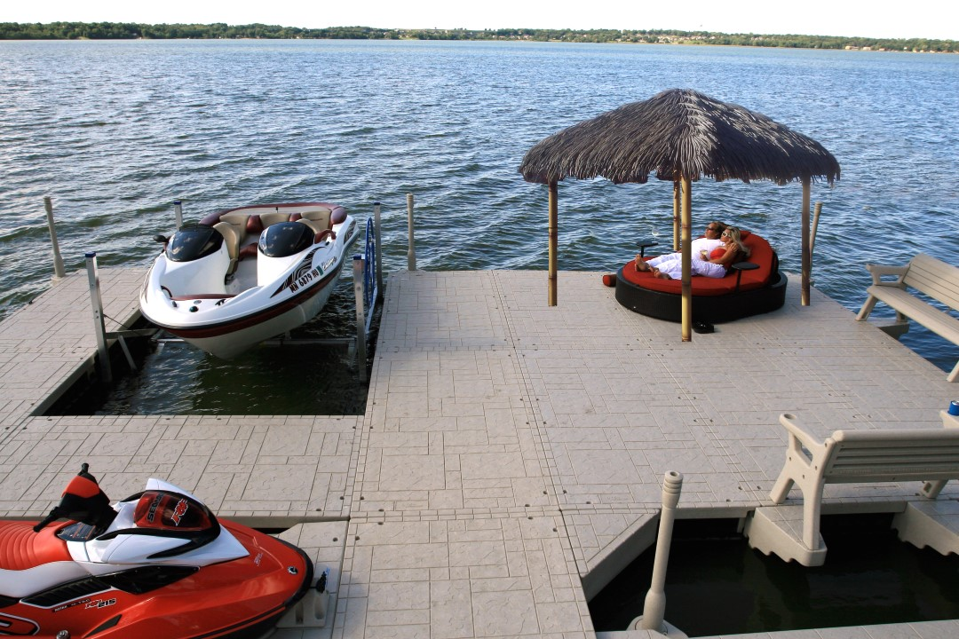floating dock tiki